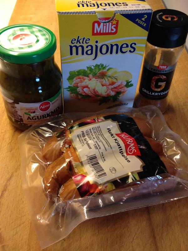 Pølsesalat ingredienser