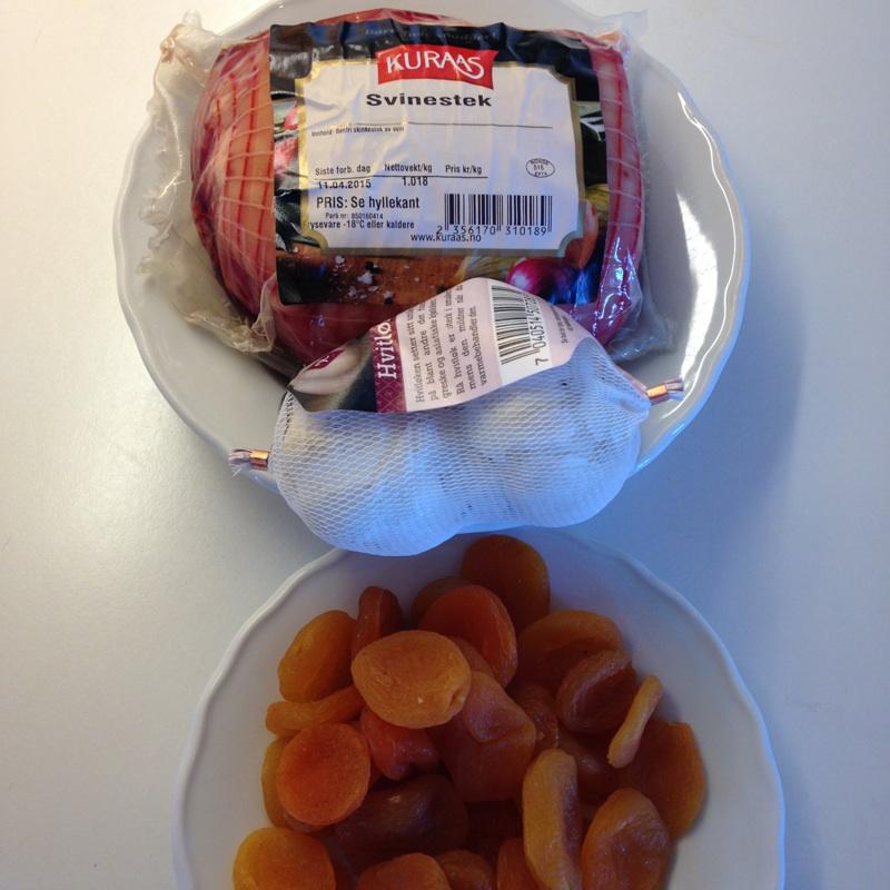 Svinestek med hvitløk og aprikos